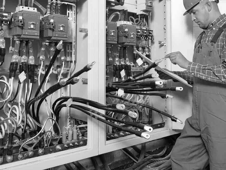 Электромонтажные работы любой сложности.